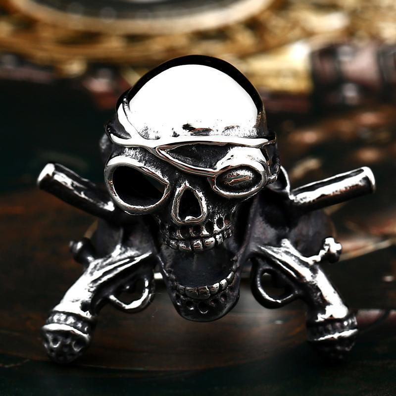 Cool Pirates Of The Caribbean Style Ring - The Black Ravens
