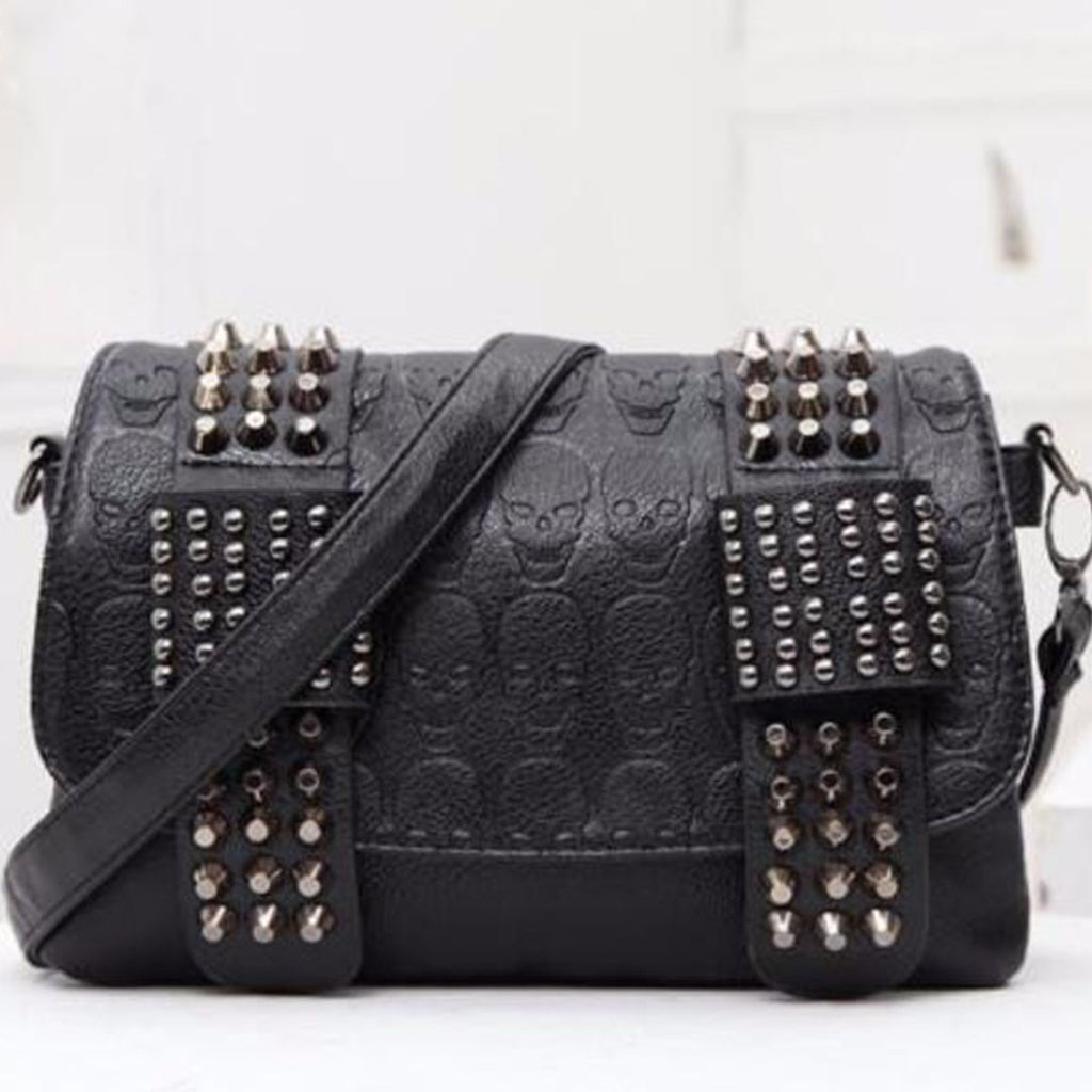 Cute Black Skull Spiked Bag - The Black Ravens