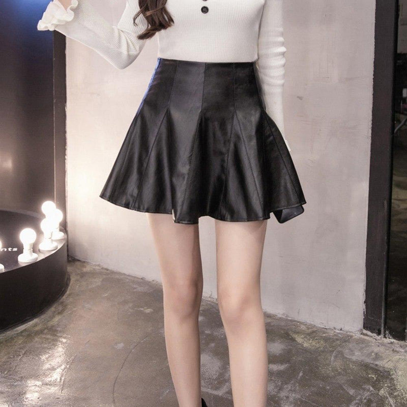Ladies' Pleated Leather Mini Skirt - The Black Ravens