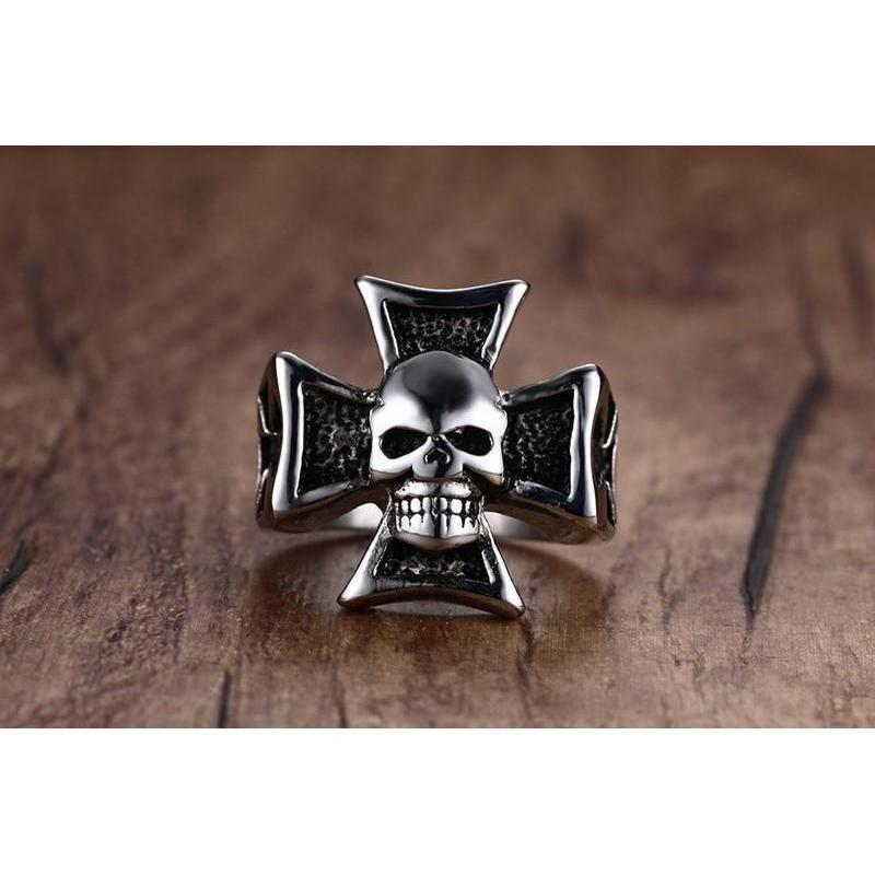 Men's Black Stainless Steel Skeleton Head Rings - The Black Ravens