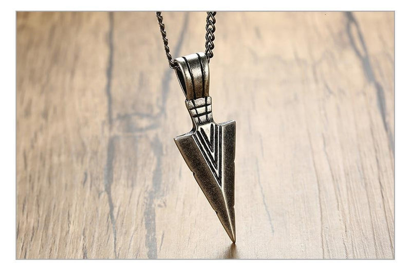 Vnox Mens Cool Vintage Arrow Pendant Necklace Multi-Color Stainless Steel Male Rock Punk Gifts Jewelry - The Black Ravens
