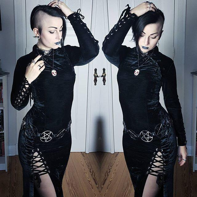 Sexy Slit Long Black Gothic Collar Dresses - The Black Ravens