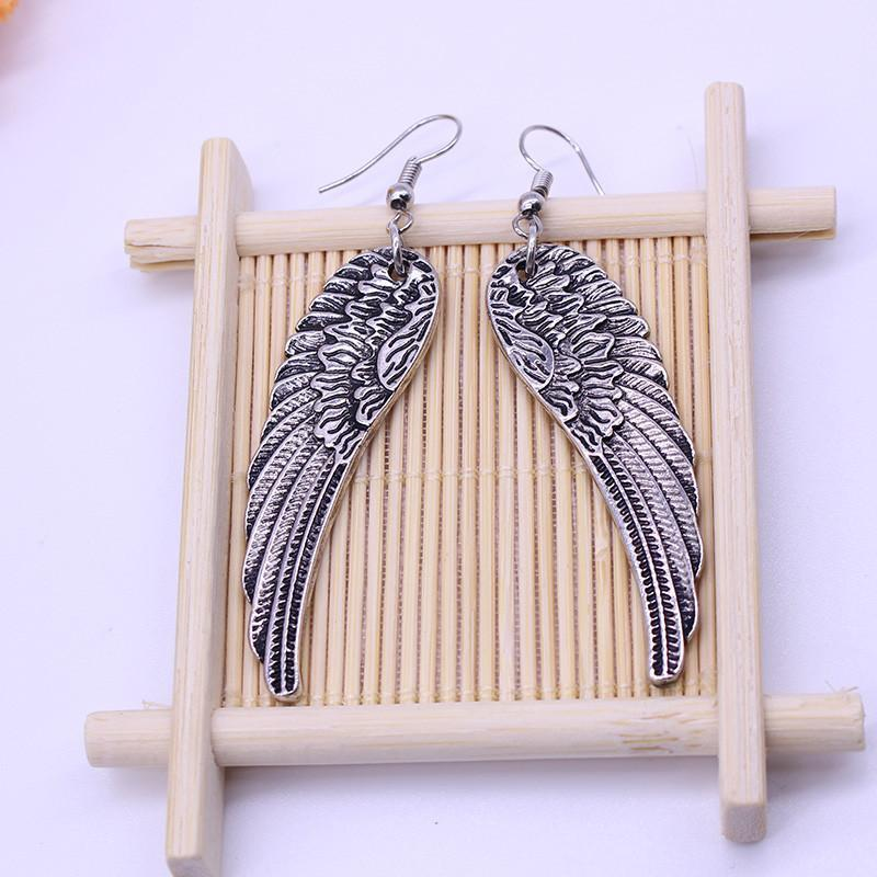 Women's Beautiful Angelic Studs - The Black Ravens