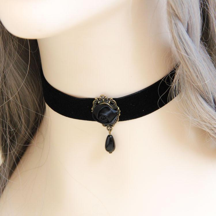 Women's Black Rose Collar Choker Pendants - The Black Ravens