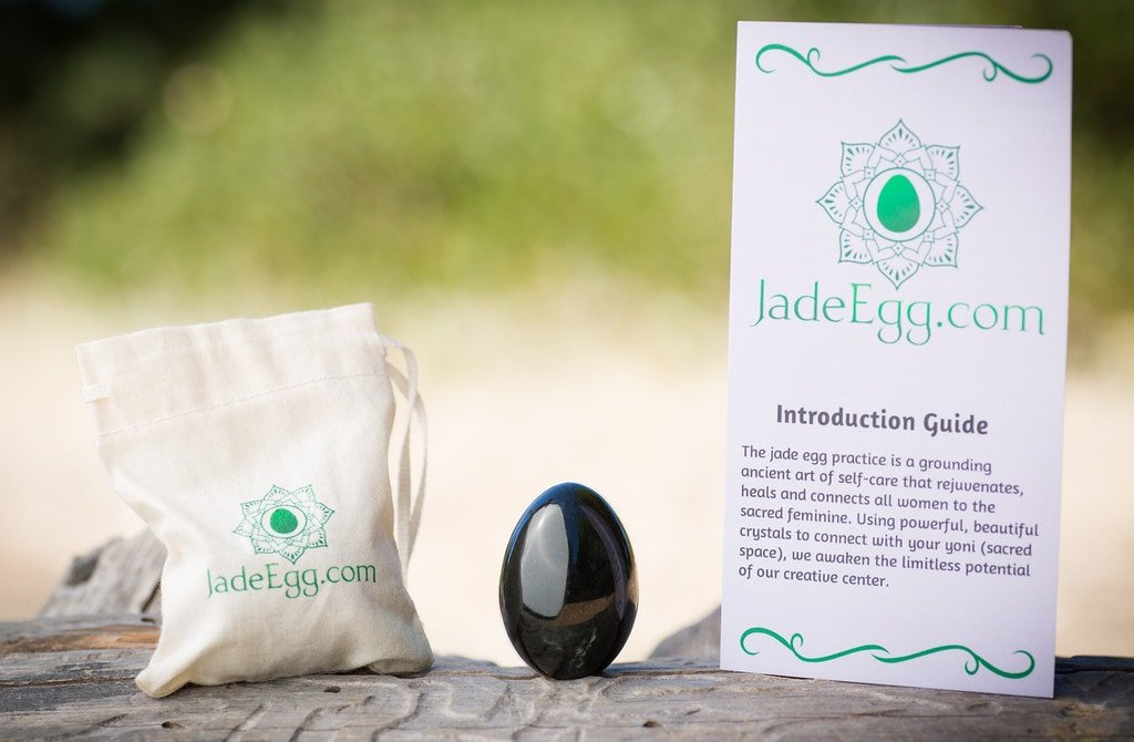 What's included with the jade egg