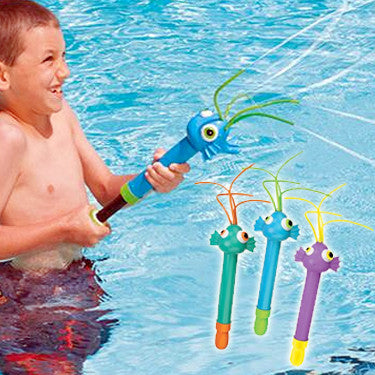 Swimways Squiggle Squirter