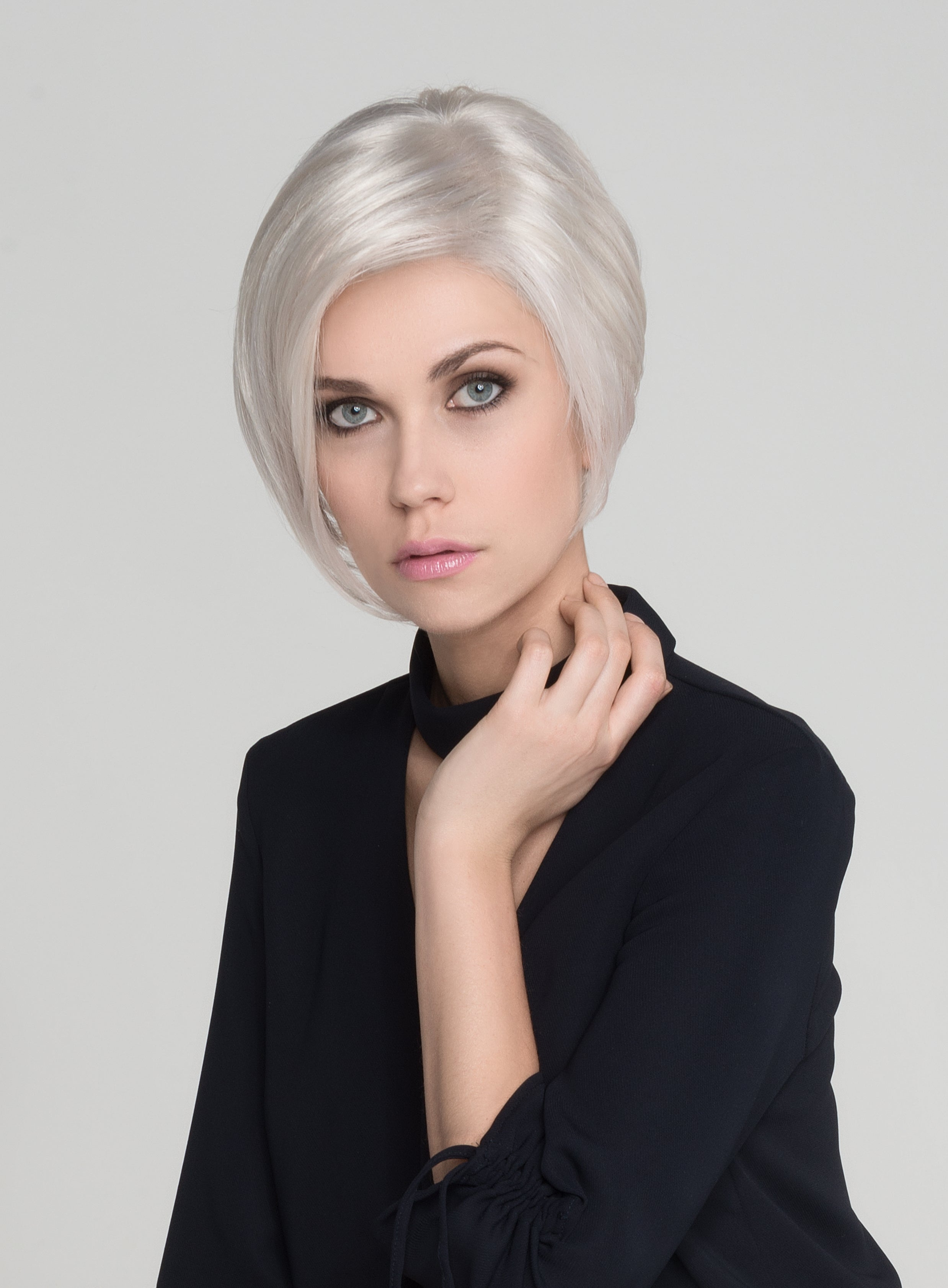 Rich Mono | 2018 | Synthetic Lace Front Wig (Mono Top)