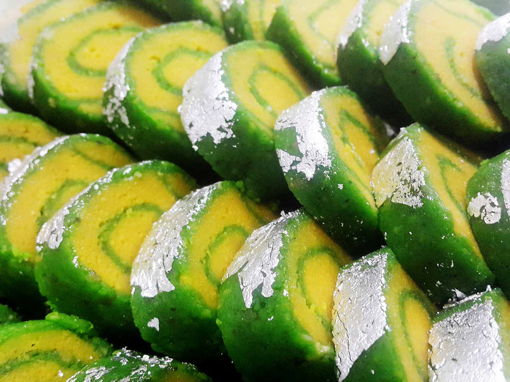 Kaju-Patra-(Green-and-Yellow)