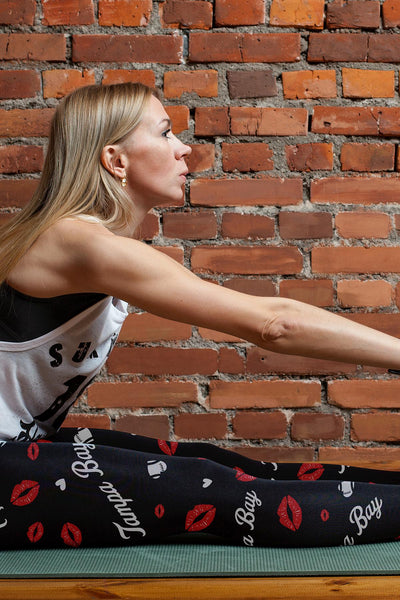Tampa Bay Lovin Kisses Football Leggings