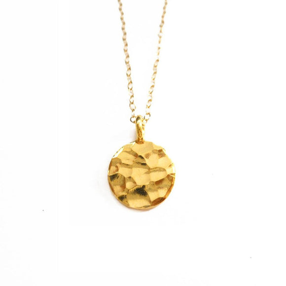 Hammered Gold Disc Pendant - Fashionista Style