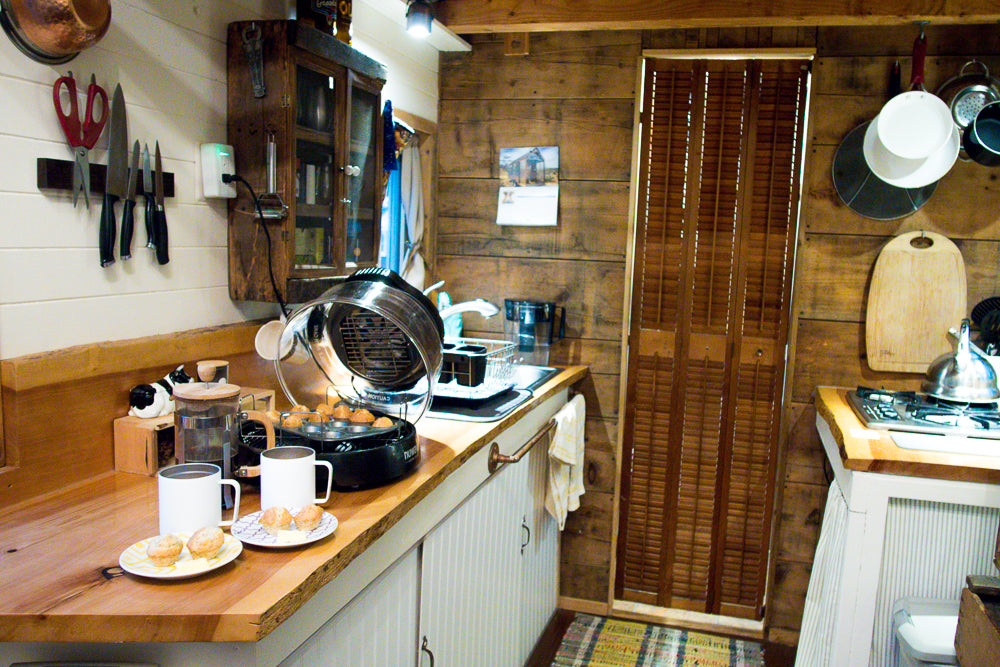 MiiR & Tiny House Living: Cooking in a tiny kitchen | MiiR.com
