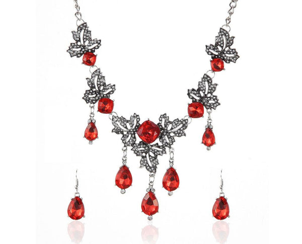 Victorian Sweet Romance Love Droplets Necklace Set