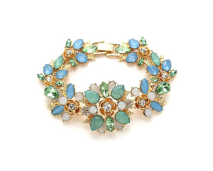 Floral Patterned Gold Bracelet