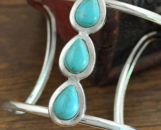 Contemporary Turquoise Teardrop Bracelet