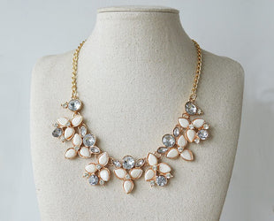 Floral Rhinestone Bib Necklace