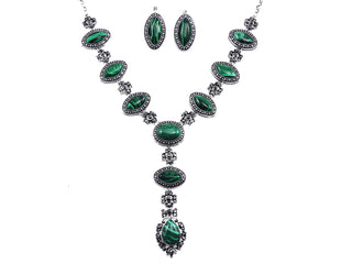 Malachite Rhinestone studded Queen necklace with Earrings