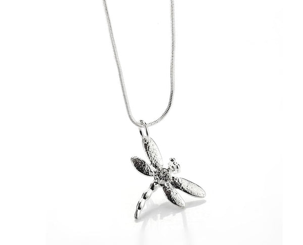 Chic Dragonfly Necklace Set
