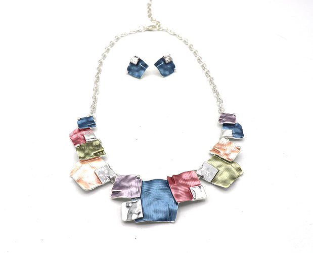 Snazzy Squares Enameled Necklace Set
