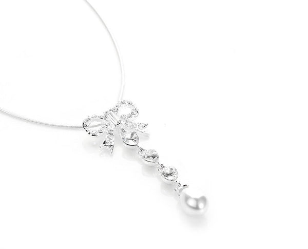 Frosted Chic Crystal Bow Necklace Set