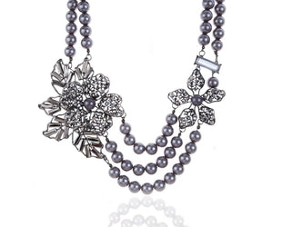 Medusa Wildflower Exaggerated Grey Pearl Statement Necklace