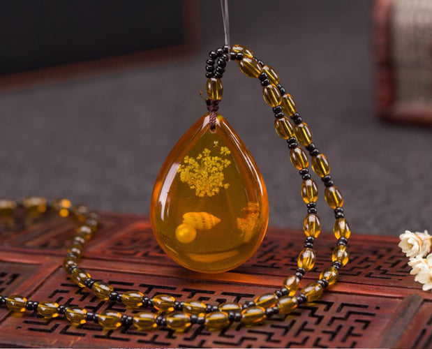 Solitary Amber Pendant Necklace