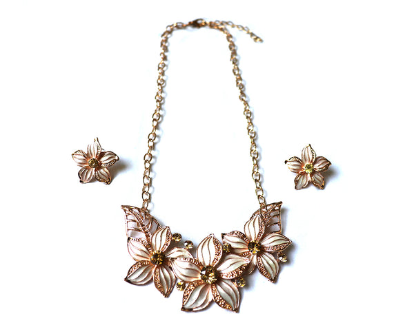 Gold Dust Poinsettia Necklace Set