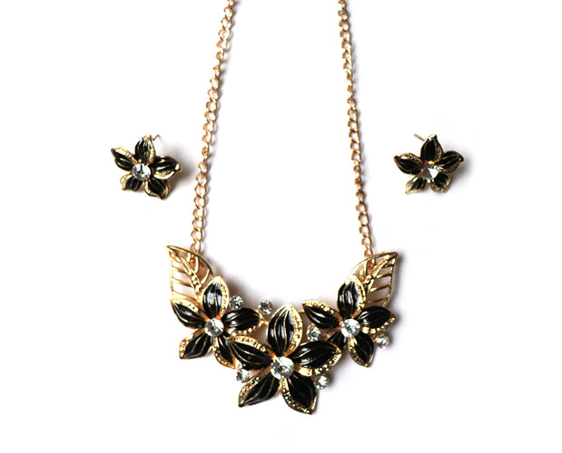Volcanic Dust Poinsettia Necklace Set
