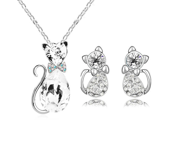 Fabulous Feline Rhinestone Necklace Set
