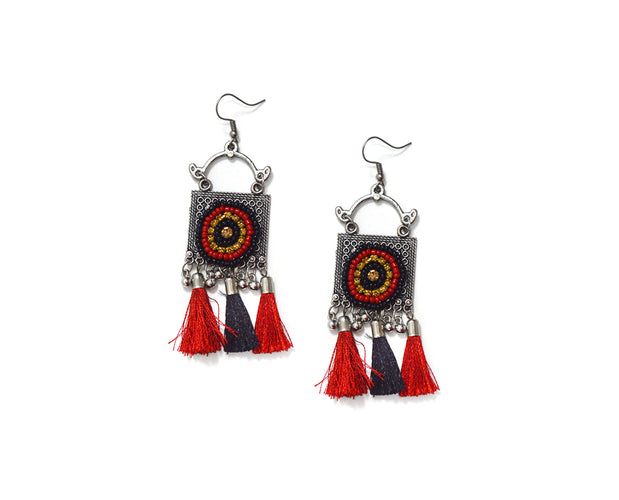 Tribal Red 'n Black Fringe Necklace Set