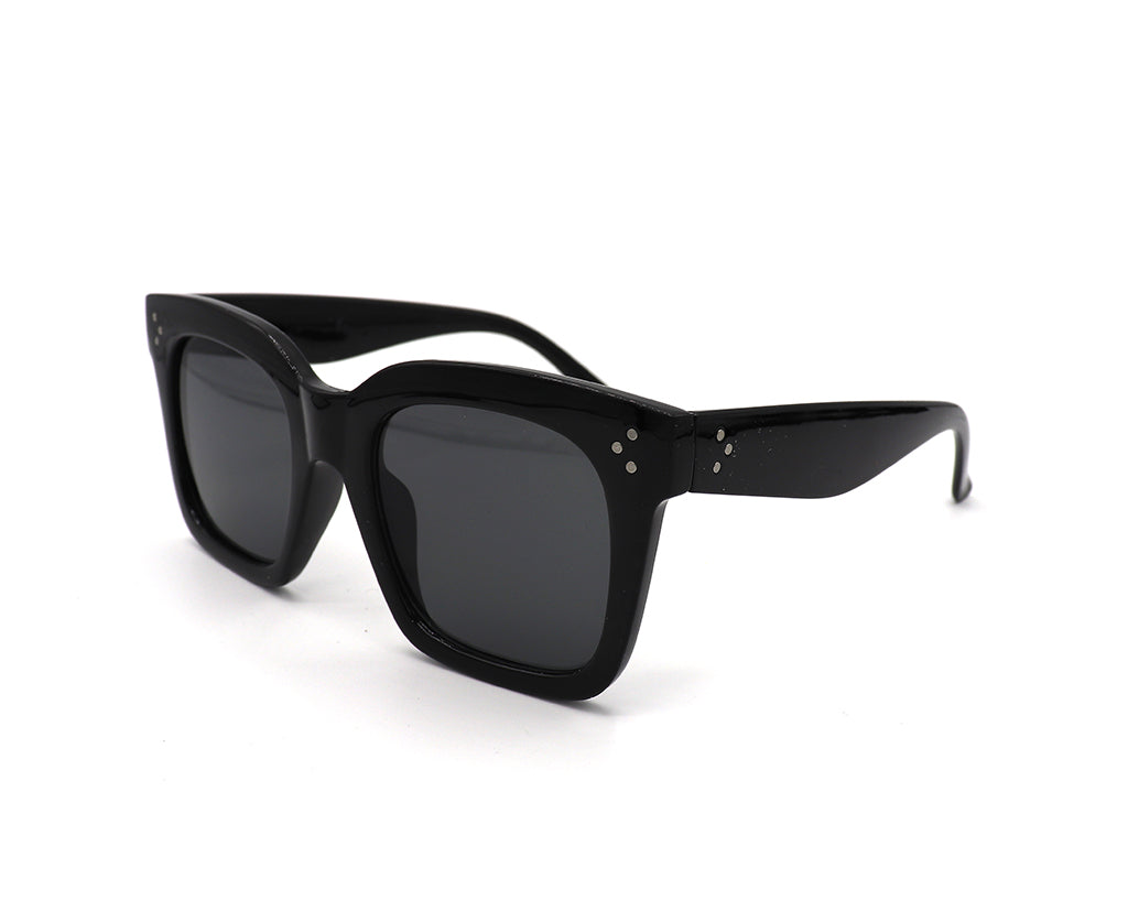 Distinctive Oversized Square Sunglasses