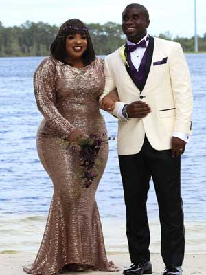 Asia M stealthing in Hourglass Curve Longline CS-426 with Hip Ties under her wedding dress