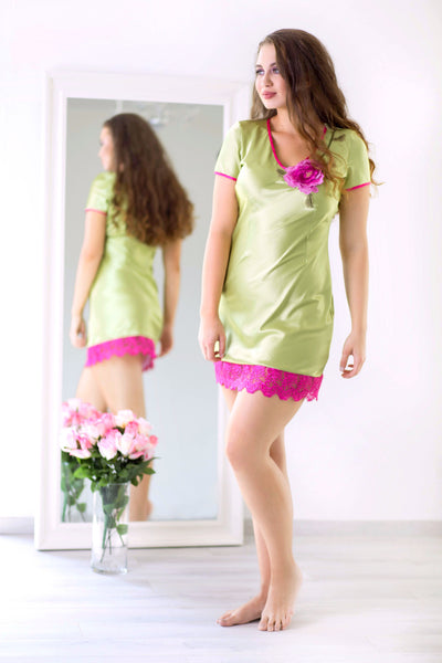 MONIQ Dreamy Meadow - Floral Colourful Comfortable Nighties Nightdresses Sleepwear Nightwear Pyjamas
