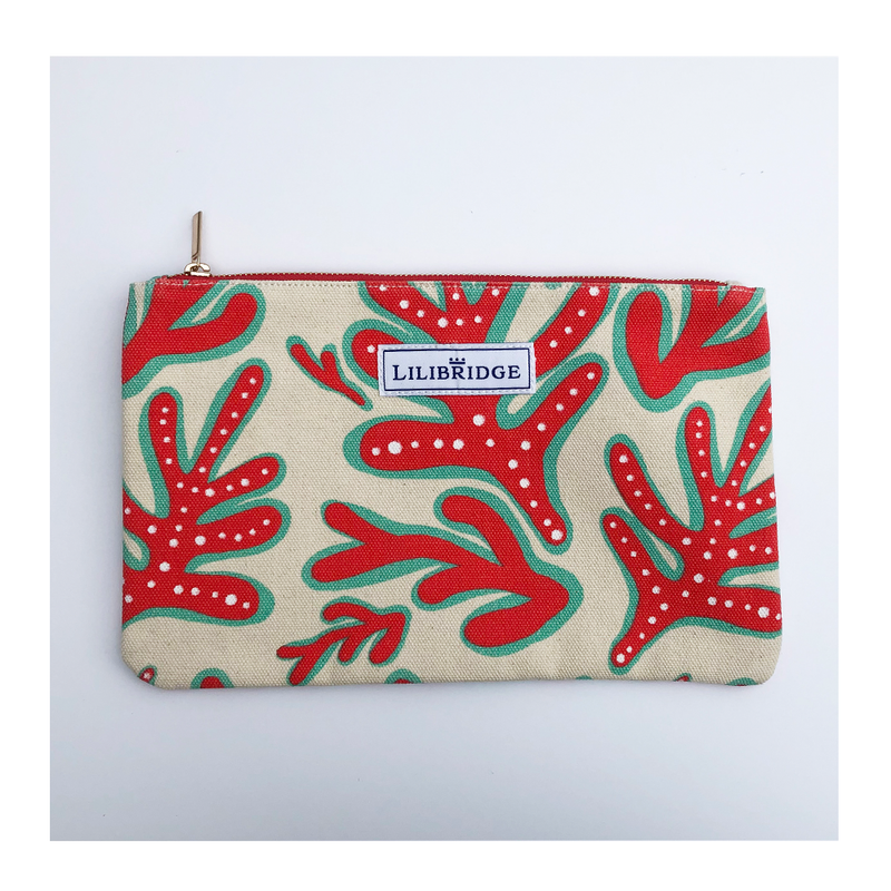 The Lilibridge Clutch in Crazy Coral