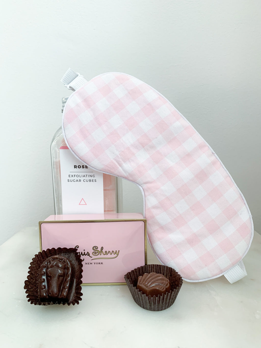 Sweet Dreams Valentine's Day Gift Box in Pink Gingham