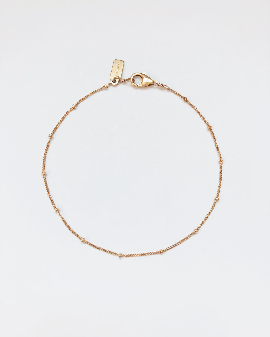 Aquinnah Satellite Chain Anklet in Gold