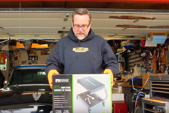 BlacktopTV unboxes the Fastback Shop Stool