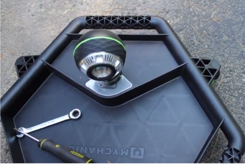 MYCHANIC Tool Creeper And POD Light Review