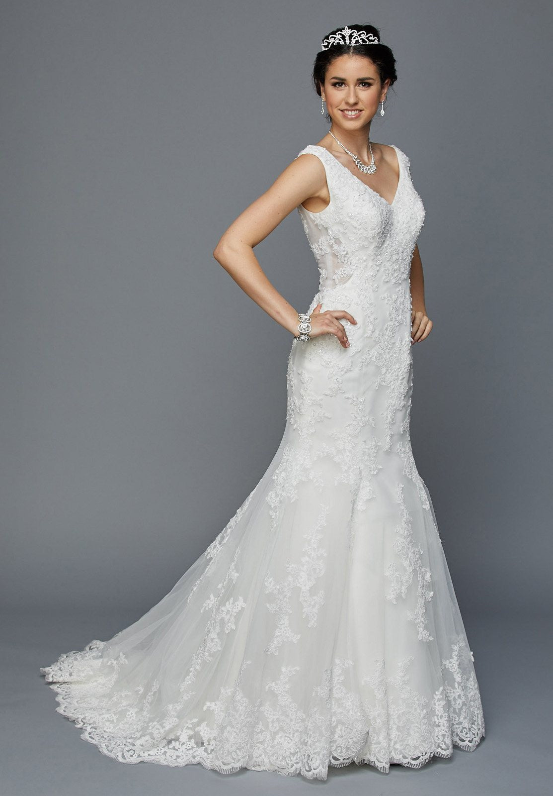 Juliet 356 Fit and Flare V-Neck Sleeveless Wedding Dress White ...