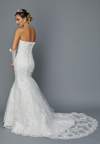 Ivory Strapless Sweetheart Neck Lace Embroidered Mermaid Wedding Gown