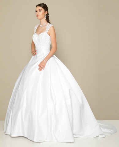 Sweetheart Neckline Wedding Ball Gown Ivory