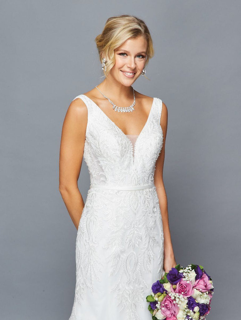 Lovely LA Bridal 431 V-Neckline Trumpet Mermaid Wedding Dress Court Train Beaded Embroidery Applique