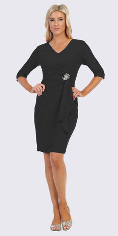 Quarter Sleeved Short Formal Dress with Brooch Black