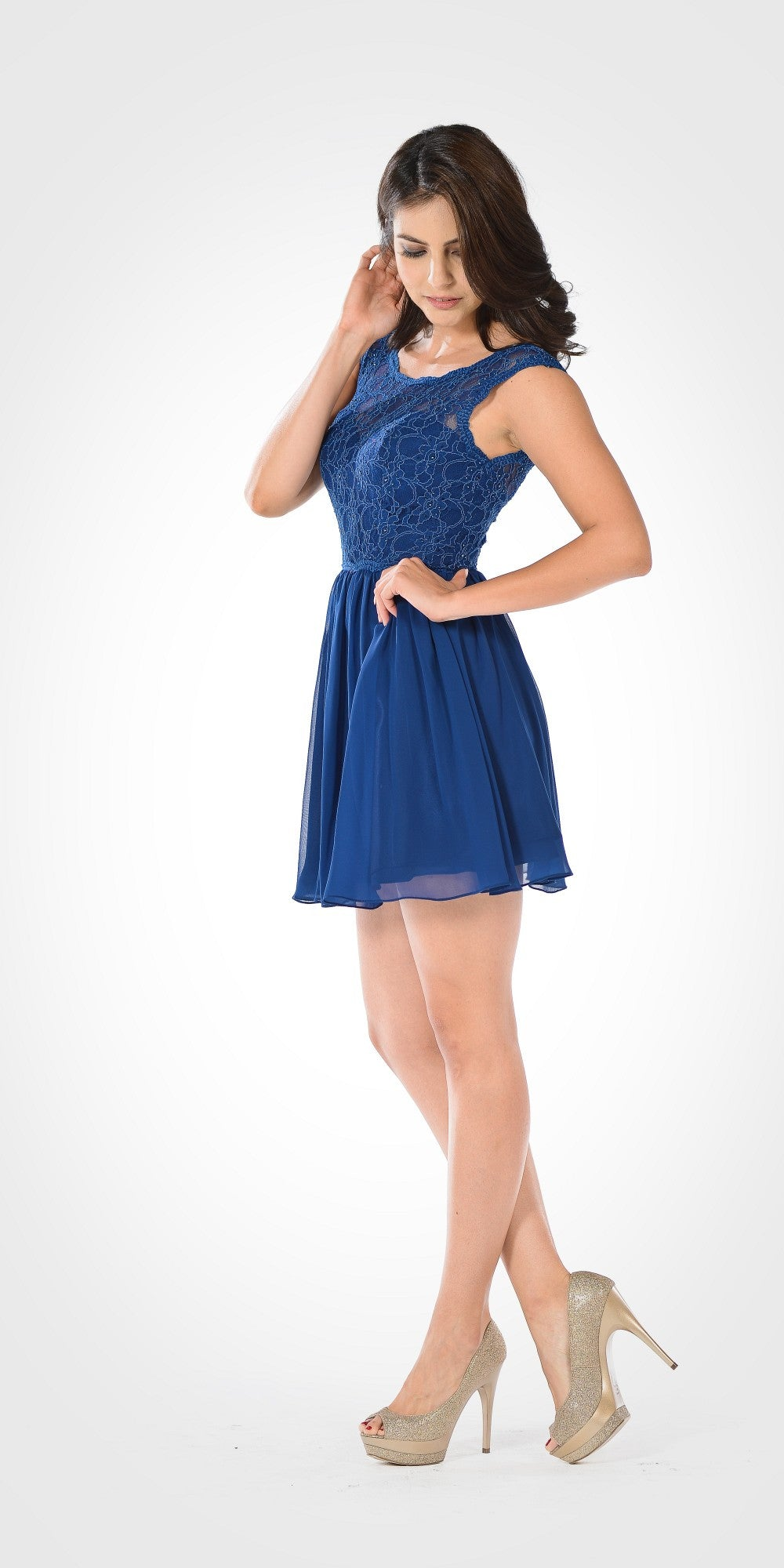 Sleeveless Lace Bodice Scoop Neck Navy Blue Cocktail Dress Short