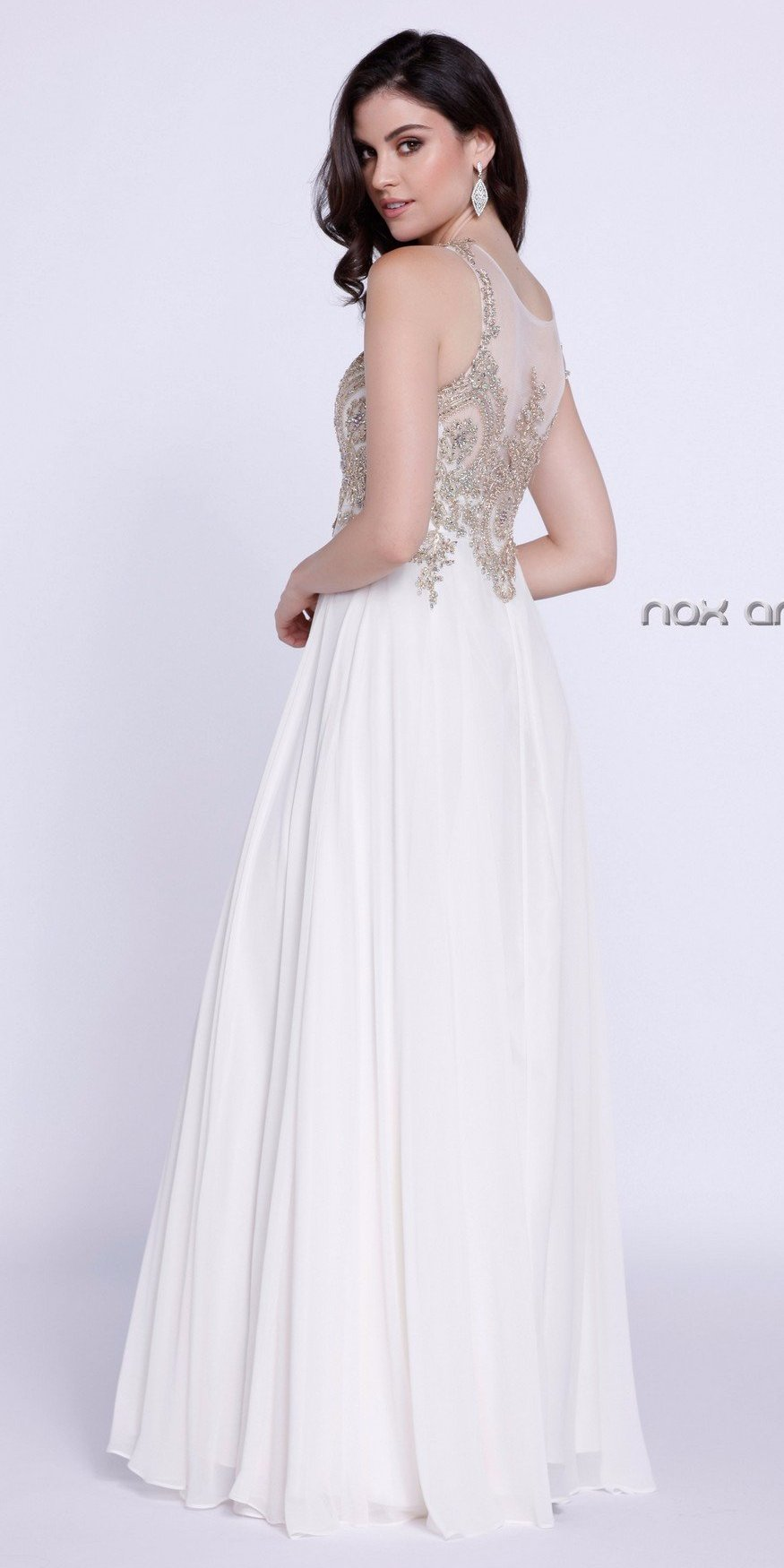 Ivory Scoop Neckline Appliqued Bodice A-line Formal Dress Long