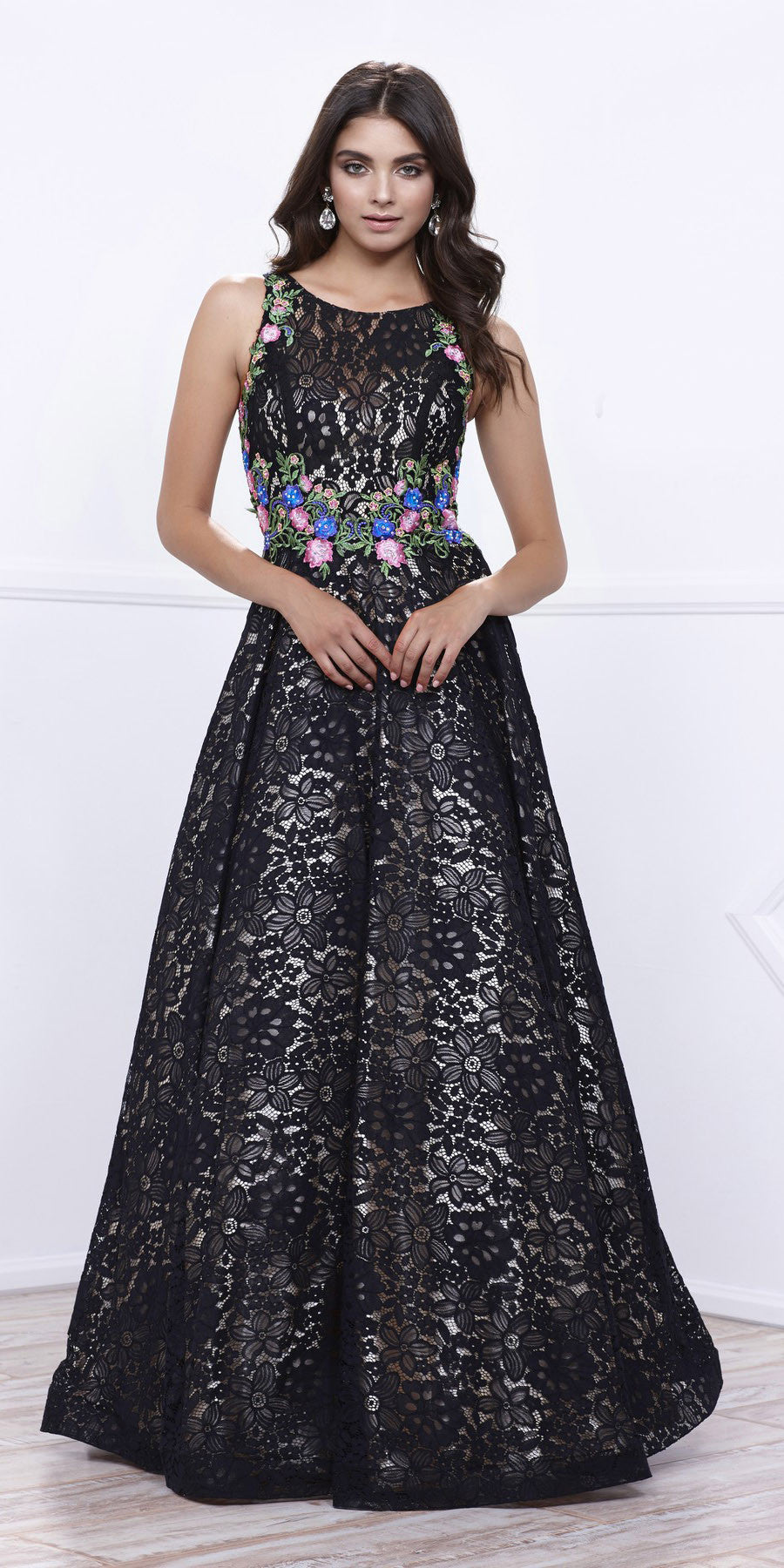 Black/Gold Sleeveless Lace Overlay Embroidered Ball Gown Open Back ...