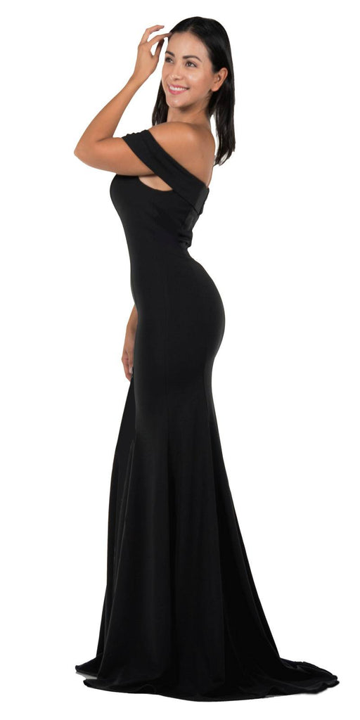 Black Off-the-Shoulder Mermaid Style Evening Gown