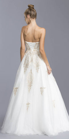 Off White Sweetheart Neckline Quinceanera Dress Strapless
