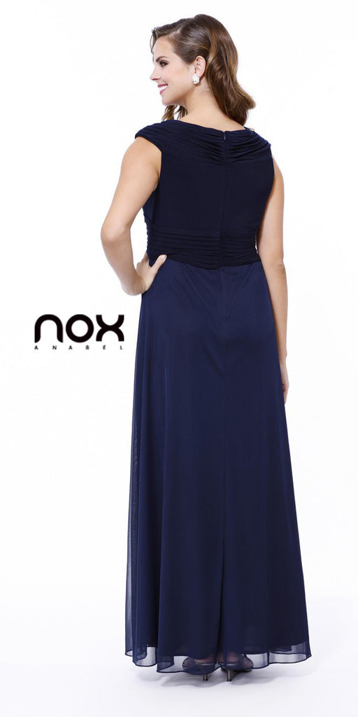 Plus Size Navy Blue Mother of Bride Dress Chiffon Long V Neck
