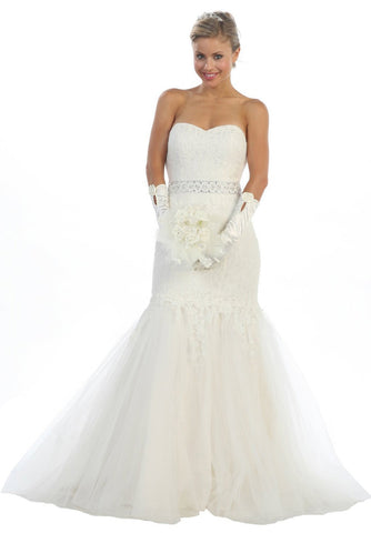 Strapless Ivory Lace Wedding Dress Tulle Skirt Sweetheart Neck Gown