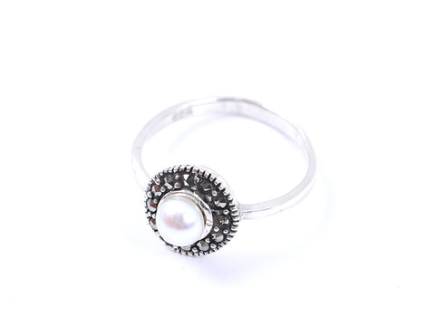 Pearl Marcasite Ring White